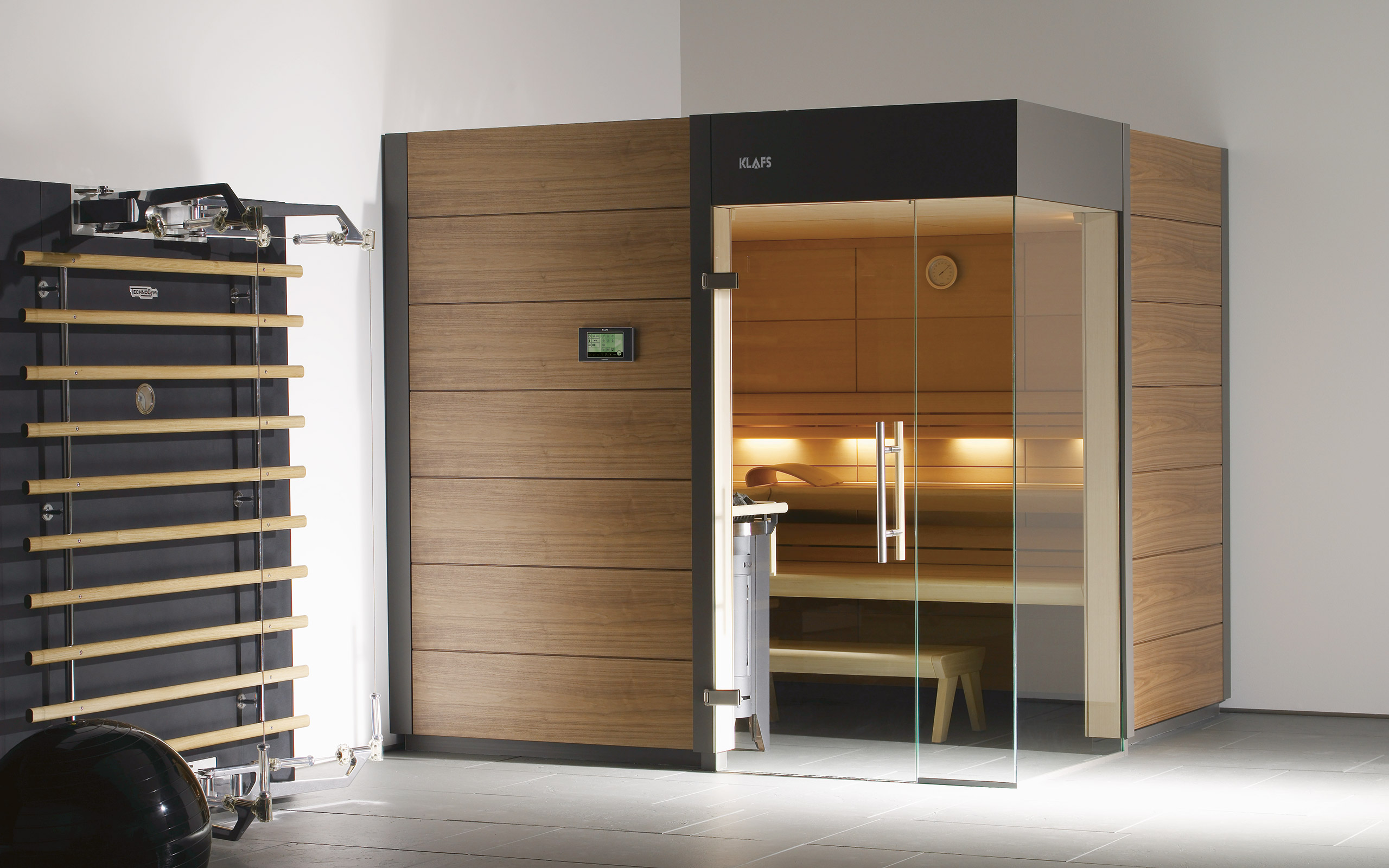 designsauna ventano de moderne en tijdloze sauna. Black Bedroom Furniture Sets. Home Design Ideas